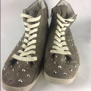 Candies  Sz 9.5M Gray Studded Hi Top Sneaker Shoes